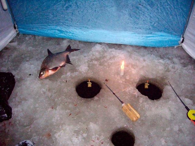 ночная рыбалка на леща на волге видео